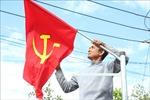 Độc đáo 7 km 'Đường cờ'chào mừng Đại hội Đảng
