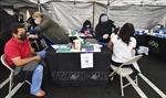 Khoảng 1% số người đã tiêm chủng tại Mỹ vẫn dương tính với SARS-CoV-2