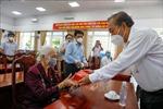 Phó Thủ tướng Trương Hòa Bình thăm, tặng quà các gia đình chính sách, người có công