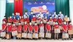 Thắp sáng ước mơ cho thiếu nhi có hoàn cảnh khó khăn ở Bắc Giang