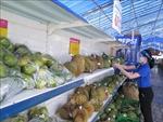 Chủ động hỗ trợ nông dân tiêu thụ nông, thủy sản chính vụ thu hoạch