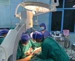 Sau phẫu thuật, 2 học sinh bị chấn thương nặng do cây phượng đổ đã tỉnh táo
