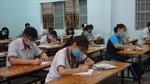 Thí sinh TP Hồ Chí Minh hồi hộp trong ngày thi đầu tiên với môn ngữ Văn