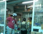 TPHồ Chí Minh: Người mua thuốc chữa sốt, ho, đau họng phải khai báo y tế