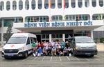 Các y, bác sĩ TP Hồ Chí Minh lên đường 'chia lửa' cho các tỉnh phía Nam chống dịch COVID-19
