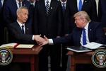 Giới doanh nghiệp Mỹ thúc Trung Quốc 'nhân đôi nỗ lực' nhập khẩu hàng