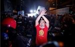 Cảnh sát giải tán biểu tình gần dinh thự Thủ tướng Thái Lan, 16 người bị thương