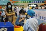 Yếu tố giúp Trung Quốc 'về đích' tiêm ngừa COVID-19 sau khởi đầu chậm