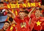 Cổ động viên Việt Nam 'phủ đỏ' sân vận động Mỹ Đình
