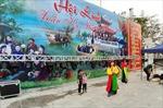 Lắp đặt hàng chục nhà vệ sinh, thùng rác lưu động phục vụ Hội Lim