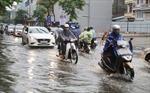 Thời tiết ngày 24/7: Bắc Bộ mưa dông, Trung Bộ nắng nóng gay gắt