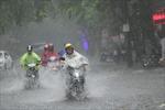 Bắc Bộ không khí lạnh tăng cường, Trung Bộ mưa lớn diện rộng