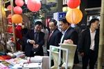 Hội chợ 'Happy Tết 2021' thu hút đông đảo người dân Thủ đô mua sắm Tết