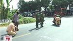 Ô tô khách va chạm với xe đạp làm 7 người thương vong
