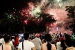 Pháo hoa rực sáng trong đêm Phú Thọ để mừng ngày giỗ Tổ