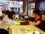 Hậu ngày 'vía' Thần Tài: Người mua lỗ, doanh nghiệp 'hốt bạc' lớn