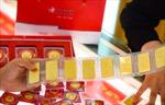 Giá vàng bật tăng mạnh theo đà của giá thế giới