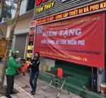 Thêm 20 điểm phát khẩu trang và thực phẩm miễn phí tại Hà Nội