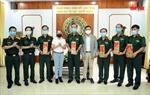 Trao tặng lô hàng dược phẩm cho Quân đoàn 4 hỗ trợ phòng chống dịch COVID-19