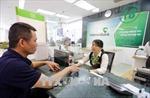 Vietcombank thông báo tạm dừng việc tăng phí rút tiền ATM