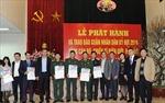 Trao tặng Báo Nhân dân Tết Kỷ Hợi cho chiến sỹ ở biên giới, hải đảo
