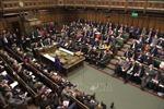 Anh đối mặt với khủng hoảng chính trị sau đề nghị hoãn ngày rời EU