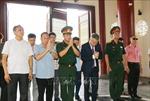 Dâng hương kỷ niệm 129 năm sinh nhật Bác Hồ kính yêu tại Lào