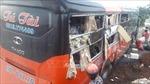 Hai xe khách tông nhau, bảy người bị thương