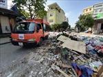 Rác thải chất đống tại khu vực chợ Vinh, Nghệ An sau ngập lụt