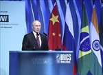 Tổng thống Vladimir Putin nêu lý do kinh tế Nga tránh được suy thoái