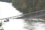 Nỗ lực tìm kiếm các nạn nhân trong vụ sập cầu tại Pháp