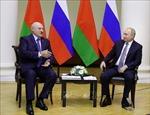 Tổng thống Belarus A. Lukashenko điện đàm với Tổng thống Nga V. Putin