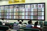 Thị trường chứng khoán 'lình xình' trong khi giá vàng tăng liên tiếp