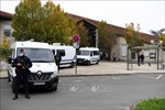 Thêm 4 học sinh bị buộc tội liên quan đến vụ giáo viên dạy lịch sử bị sát hại