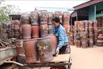 Làng gốm Phù Lãng rộn ràng vào Tết