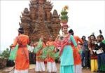Bảo tồn, phát huy bản sắc văn hóa dân tộc gắn với phát triển du lịch bền vững