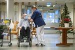 Thụy Điển nới lỏng hạn chế với người đã tiêm chủng
