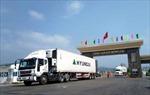 Niêm phong cabin xe vận chuyển hàng hoá xuất nhập khẩu vào Móng Cái