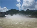 Mực nước hồ thủy điện Huội Quảng sắp vượt quá cao trình
