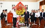 Chủ tịch Ủy ban Trung ương MTTQ Việt Nam chúc mừng Giáng sinh tại Bình Dương