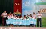 Tặng 540 suất học bổng cho học sinh nghèo hiếu học tại tỉnh Kon Tum