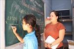 Lớp học miễn phí cho con công nhân Khmer