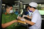 Ra quân vận động hiến máu tình nguyện và hỗ trợ phòng, chống dịch