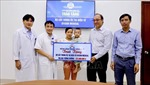 Bệnh viện Trung ương Huế tặng bệnh nhi bộ cấy trong ốc tai điện tử