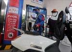 Giá xăng tăng mạnh 700 đồng/lít