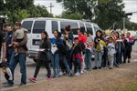 Mỹ mở lại cơ sở tiếp nhận người di cư ở biên giới miền Nam