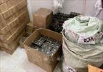 Tạm giữ gần 2.900 hộp mỹ phẩm không rõ xuất xứ