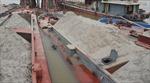 Truy tố đối tượng khai thác cát trái phép trên sông Hồng