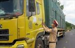 Kiểm soát chặt các cửa ngõ, cung ứng đầy đủ hàng hóa cho vùng phong tỏa