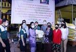 Cộng đồng người Việt chung tay hỗ trợ người dân Lào - Việt gặp khó khăn